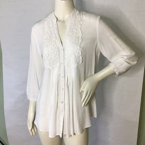Spense white crochet button up lace blouse